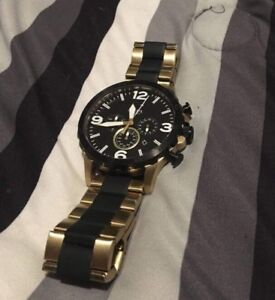 Men's Gold and Black Fossil watch