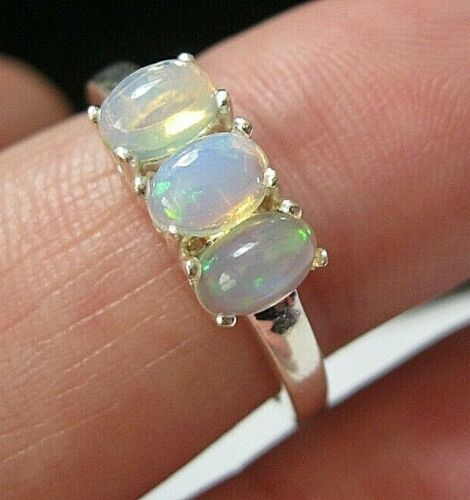Beautiful Jewellery STERLING SILVER Real Fire OPAL Trilogy Gem Stone RING Q 8
