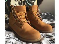 Timberland boots size uk 4