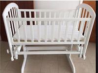 Glider Crib/cradle