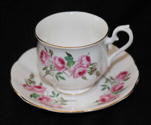 ROYAL ALBERT TEA CUP & SAUCER