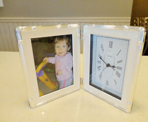 Silver Dual Photo Frame & Clock - Works Perfectly