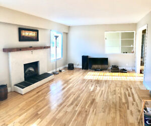 Beautiful White Rock House 3 bedrooms 2.5 bathrooms