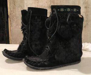 Boots - Mukluks - Womens