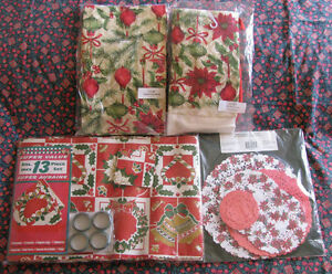 Christmas Pot Holder Oven Mitt Towel Apron Tablecloth Doilies