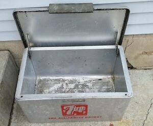 """1950""""s 7up Picnic Cooler."""
