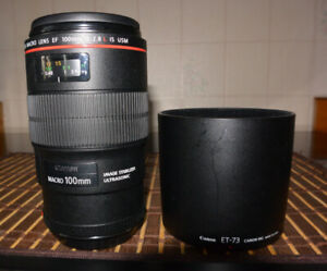 **Canon  Macro EF 100mm f:2.8L IS SUPERBE CONDITION**
