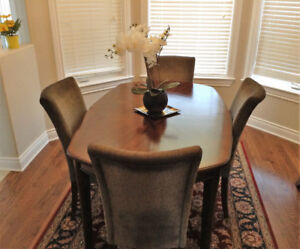 Dining table  and sideboard set
