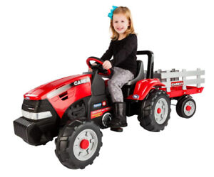 Peg Perego IGCD0554 Case IH Tractor and Trailer