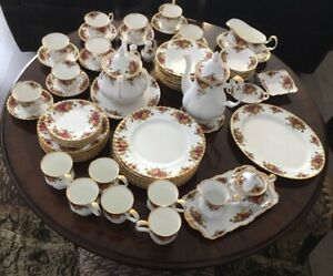 Royal Albert Old country rose Dinner set 73 pieces
