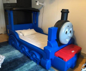 Thomas the Train Kid's Bed