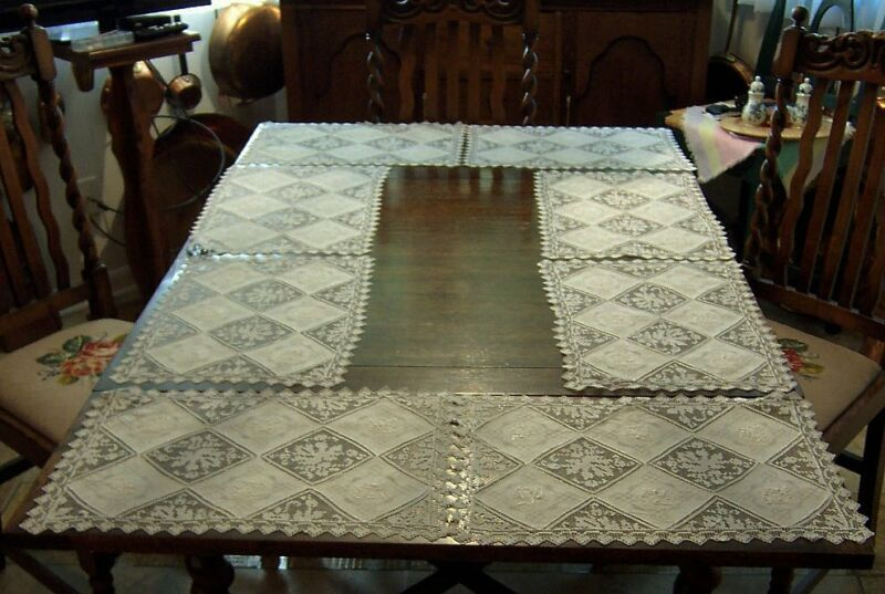 """6 Vintage ArmyNavy White Linen and Filet Lace Placemats, 17 3/4"""" x 17 3/4"""""""