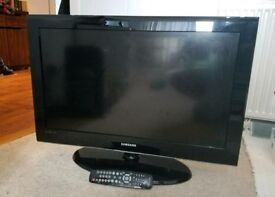"SAMSUNG 32"" LCD TV EXCELLENT CONDITION"