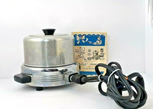 """""""Little Lady"""" Electric Oven Bakerette Toy Cookbook 1950"""