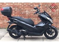 Honda PCX 125cc (15 REG), Excellent Condition, Only 1200 miles!