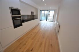 1 bedroom flat in 1 Bedroom Flat – Green Lanes, Palmers Green – N13