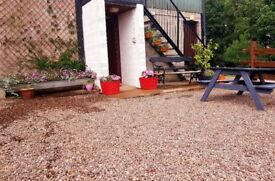Tempery rent only rual cottage