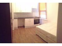 Modern Single Studio Flat in Southall ,Water Bills included Comes Furnished ,Close to Shops