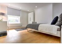 Newly refurbished 3 bedroom apartment available. Available end of July
