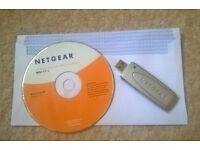 Netgear USB 2.0 Wireless Adapter (WG111v2) + software CD