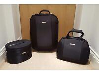 Black Oasis Luggage Set