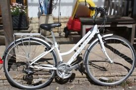 Ridgeback 'Speed' bicycle . Eighteen gears. Used once, so its pretty clean and tidy.