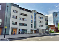 Stunning 2 bed 2 bath with large balcony in St Johns Wood