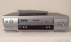 SAMSUNG VHS Player / Recorder with Remote Control Padbury Joondalup Area Preview
