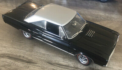 ACME 1:18 1967 Dodge Coronet R/T - Black (A1806603)