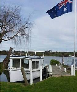 "RIVER BOAT 1930 ""SUNDOWNER"" WOODEN HULL 27 feet Murray Bridge SA Blackwood Mitcham Area Preview"