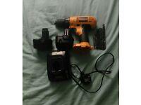 DeWalt drill set with 2 batteries