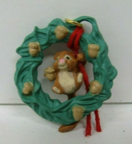 Hallmark Keepsake Ornament 1990 Acorn Wreath