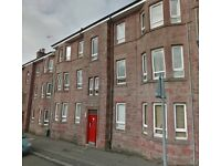 Central location, unfurnished top floor 2 bed property available NOW £450 pcm