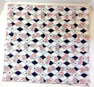 Vtg LINEN TEA TOWEL Kitchen Towel Daisy Zinnia Purple Diamond Pattern