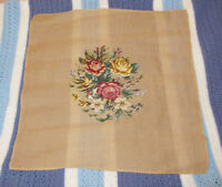 NEEDLEPOINT Flower Tapestry CANVAS - Make Pillow / Picture City of Montréal Greater Montréal Preview