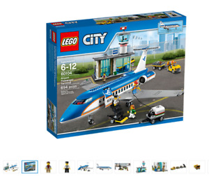 ** NEW Sealed in LEGO City Airport Passenger Term (60104)