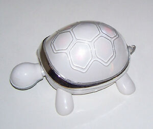 iTurtle Animated and Lighted Speaker for iPod or MP3 London Ontario image 2