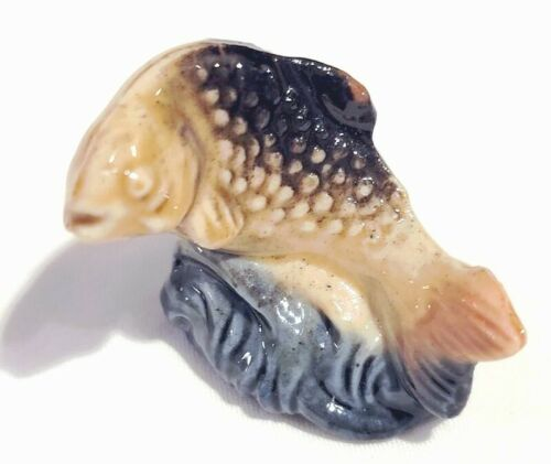 """Wade Whimsies TROUT FISH Red Rose Tea Figurine 1 1/2"""""""