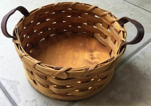 Small basket with handles