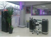 Experienced Nail technician and afro-caribbean Barber and hairdresser wanted