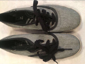 Women's Keds Size 6 - Worn Once