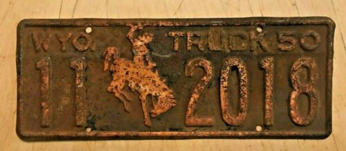 """1950 WYOMING TRUCK BUCKING BRONCO LICENSE PLATE """" 11 2018 """" READY TO BE RESTORED"""