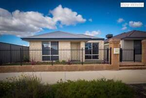 COTTAGE HOUSE NBN & SOLAR POWER Byford Serpentine Area Preview