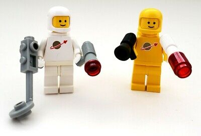 "Lego 1980s vintage space minifigures(1-11/16""), set of 2 w/tools & tanks"
