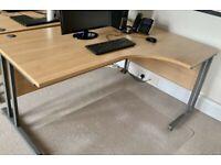 FREE SAME DAY DELIVERY - Corner L Shaped Ergonomic Cantilever Office Desks, Light Oak finish