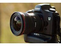 Canon 5DC Full frame pro DSLR with 17-40 f4 L Lens