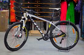 Scott Scale 720 Mountain Bike Carbon Large
