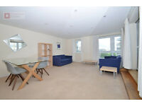 **E14 2DR - Luxurious 2 Bed + 2 Bath Apartment - £420p/w - Early Viewings are Highly Recommended!!**