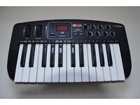 Carillon Control 25 Keyboard