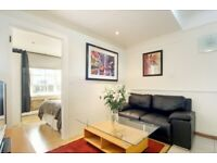 CALL TO VIEW** THREE BEDROOM FLAT A MINUTE AWAY FROM OXFORD STREET**